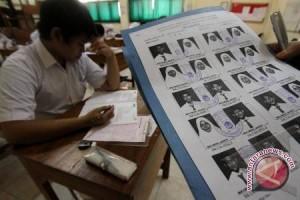 Penerimaan siswa baru di Manado gunakan sistem online