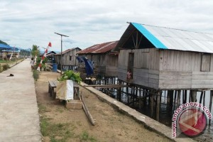 Pemkab Teluk Wondama upayakan rumah layak secara bertahap