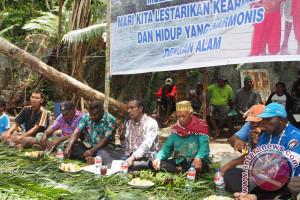 Masyarakat Kaimana memiliki tradisi unik jaga lingkungan