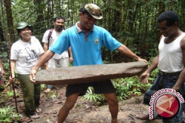 Menakar nasib di Pulau Yoop Teluk Wondama