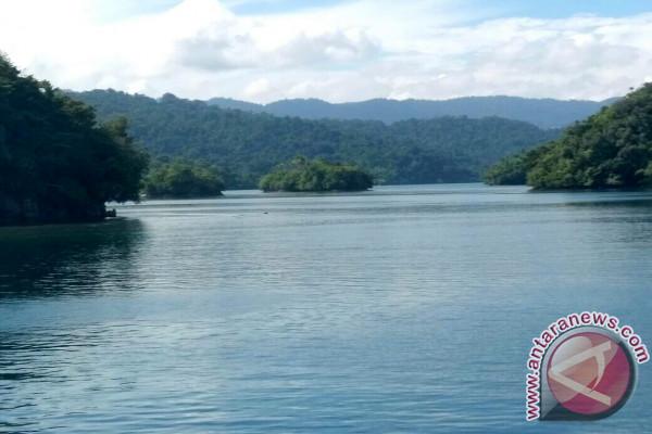 Pulau Rumberpon Wondama tawarkan berbagai pilihan wisata