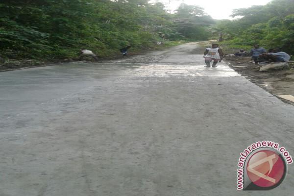 Warga Menanti Penuntasan Jalan Pelabuhan Sabubar Teluk Wondama