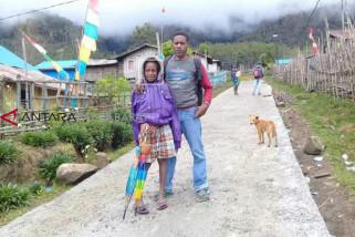 8203 persen kampung di Papua Barat tertinggal