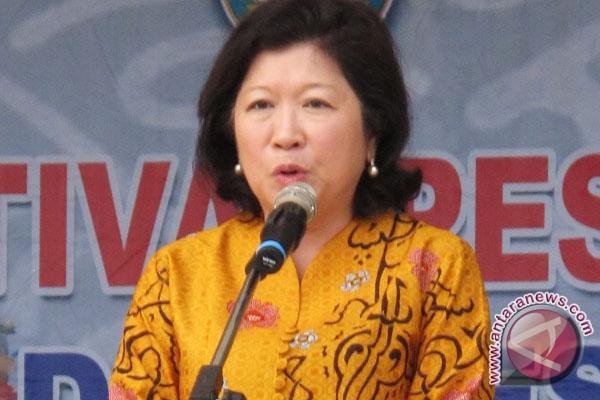 Menteri Pariwisata dan Ekonomi Kreatif (Menparekraf), Mari Elka
