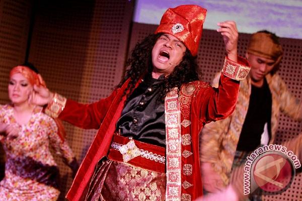 Penyanyi Candil tampil dalam drama musikal Siti Nurbaya Kasih Tak