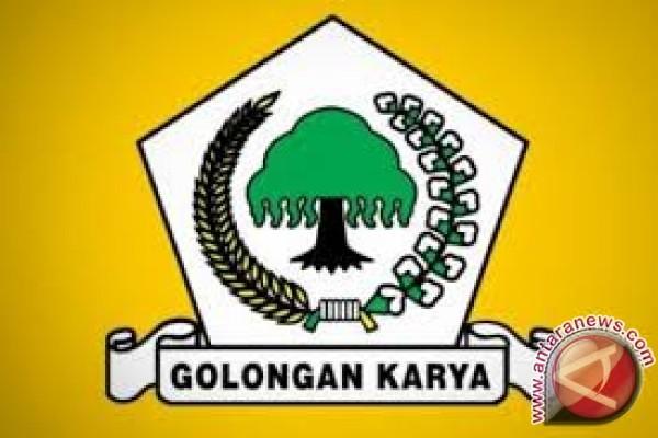 Ngogesa Sitepu Tawarkan Koalisi Golkar-pdip