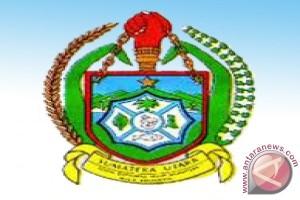 Wakil Gubernur kunjungi korban banjir Mandailing Natal