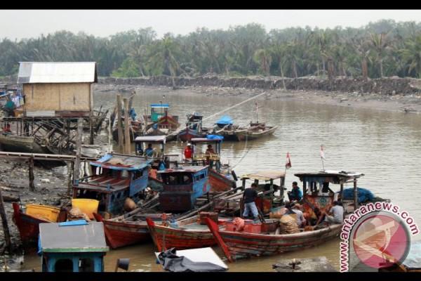Nelayan Dapat Asuransi Gunakan Alat Ramah Lingkungan