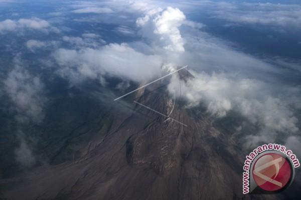 Gunung Sinabung Makin Rutin Erupsi