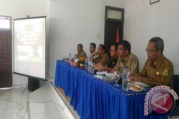 Pemkab Samosir Beri Penyuluhan Hukum Perangkat Desa