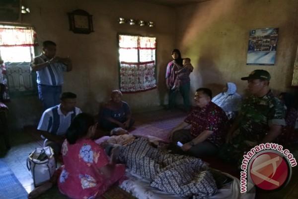 Jompo Yang Terluka Akibat Gempa Dirujuk Ke RSUD Sipirok