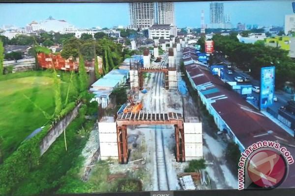 Pembangunan Rel KA Layang 76 Persen