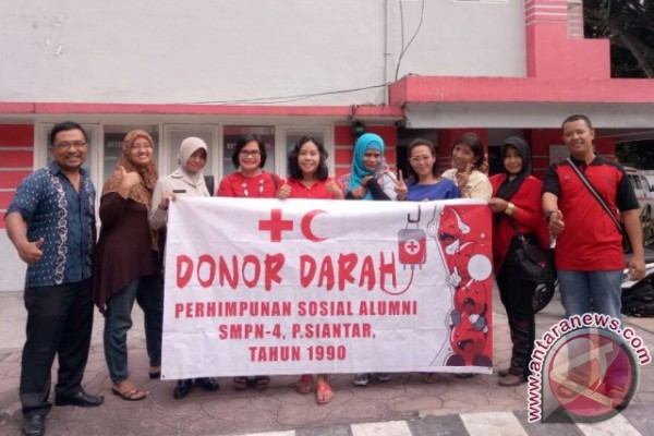 Alumni SMPN 4 Pematangsiantar Donor Darah