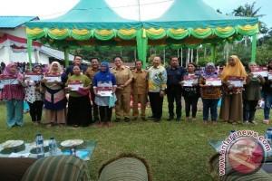 Bupati Batubara Salurkan Dana PKH
