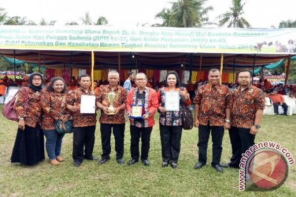 Walikota Tebing Tinggi Terima Penghargaan APN