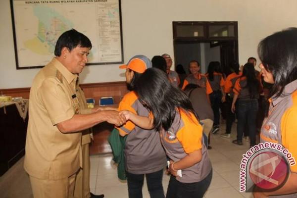 Mahasiswa USU di Samosir Pamit Pulang
