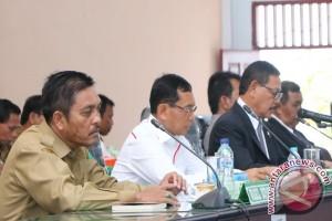 Pemkab Simalungun Ajukan Nota Keuangan RAPBD 2018
