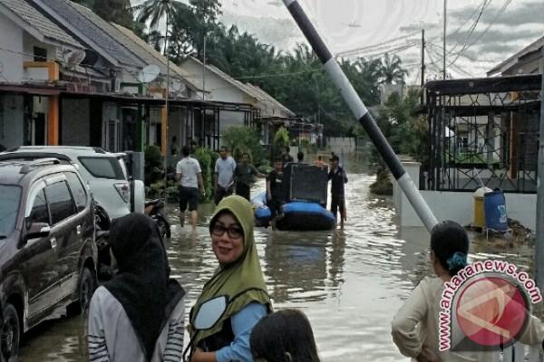 Banjir Landa Labura