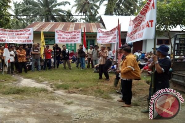 372 KK di Simalungun Tuntut Pengembalian Tanah