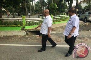 Pemkot Medan Benahi Jalur Pejalan Kaki