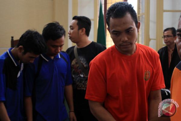 Sidang Tuntutan Pembunuhan Sekeluarga