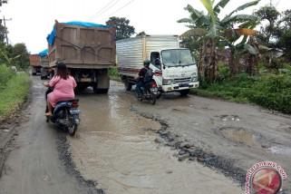 Akses transportasi butuh perbaikan