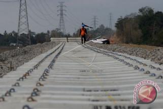 Maret, jalur kereta api Kualatanjung beroperasi
