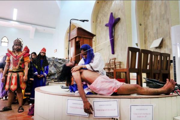Visualisasi penyaliban Yesus