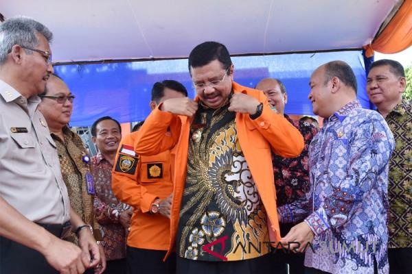 Tengku Erry dinobatkan jadi bapak peduli bencana