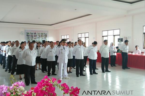 Wali Kota Gunungsitoli lantik kepala dinas pendidikan