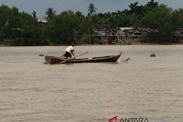 Kapal boat kayu Wakapolres Labuhanbatu tenggelam