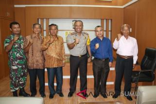 Panitia partangiangan Harianja se Indonesia temui Kapolres Sibolga