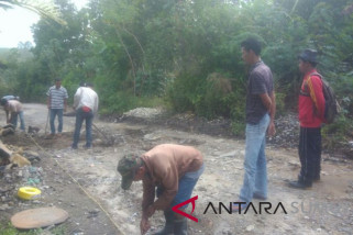 TPL perbaiki akses jalan di Hitetano
