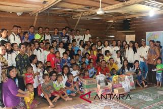 SMA Yapim Pandan rayakan Paskah bersama anak panti asuhan