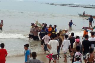 Korban hilang di pantai lagundri ditemukan
