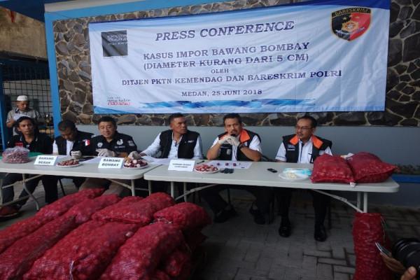 Kemendag sita 670 bawang bombai impor ilegal