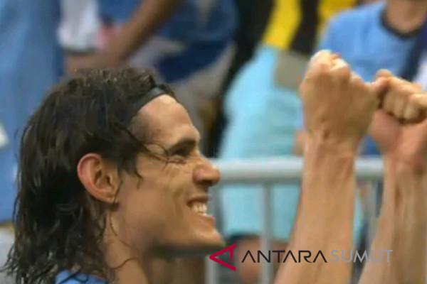 Tuan rumah Rusia tumbang 3-0 atas Uruguay