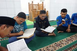 Karang Taruna Labura khataman Al Qur'an