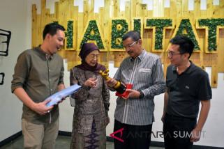 PBI berikan penghargaan kepada Tengku erry Nuradi