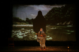 Pentas Monolog Cut Nyak Dhien