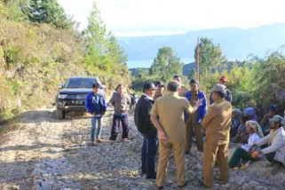 Bupati Samosir pantau pelaksanaan proyek di Palipi