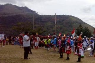 Kecamatan Pangururan gelar lomba marching band