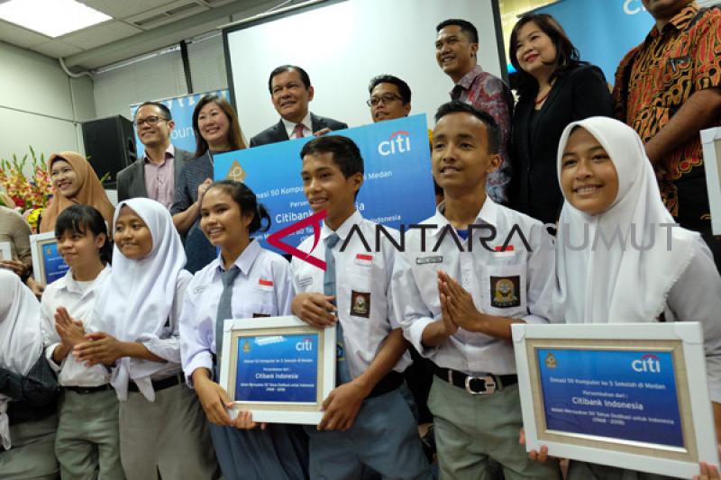 Citi Indonesia Donasikan 50 Komputer