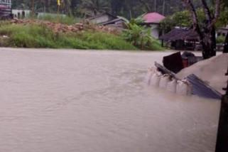 Puluhan rumah di Nias Selatan terendam banjir