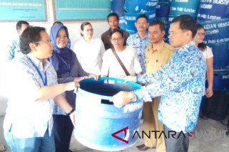 TPL kembali serahkan bantuan ratusan tong sampah