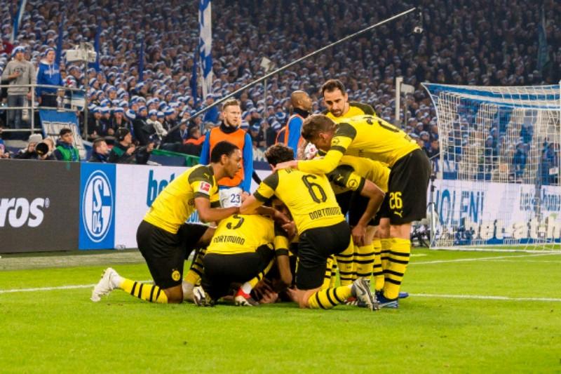 Dortmund tundukkan Schalke untuk pertama kali dalam waktu tiga tahun
