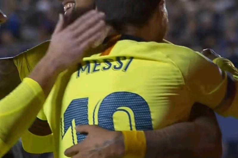 Messi kemas trigol saat tundukkan levante