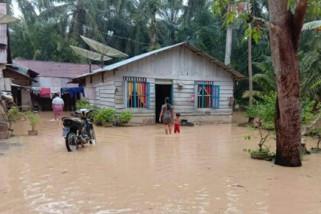 Banjir landa Labura, seorang meninggal