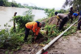 Pemkab Tapsel kembangkan desa tangguh bencana dengan tanam pohon