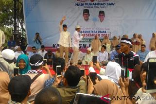 Prabowo-Sandi dapat sumbangan dari emak-emak Rantauprapat